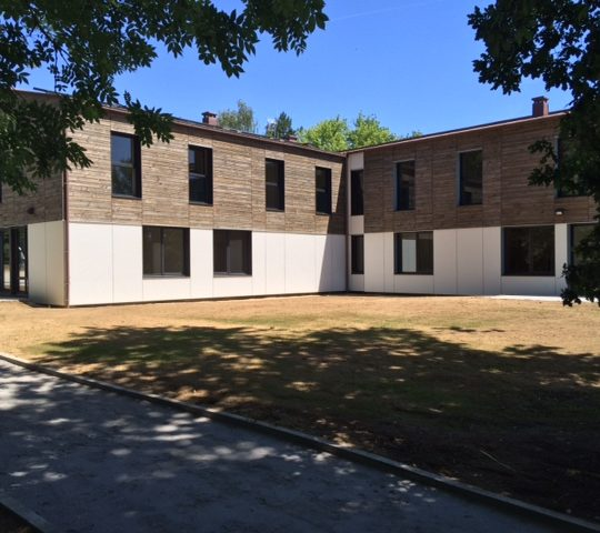 foyer-accueil-construction-bois-la-roche-sur-yon-godard-charpente