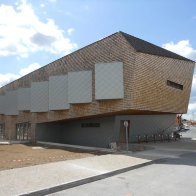 centre-socioculturel-bouguenais-godard-charpente-construction-bois