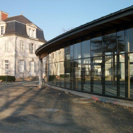 vue-facade-iem-la-grillonnais-basse-goulaine-godard-charpente