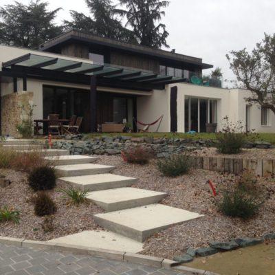 vue-maison-finie-beton-bois-godard-charpente-construction-bois